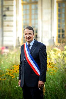 Qui est Remi Muzeau ?